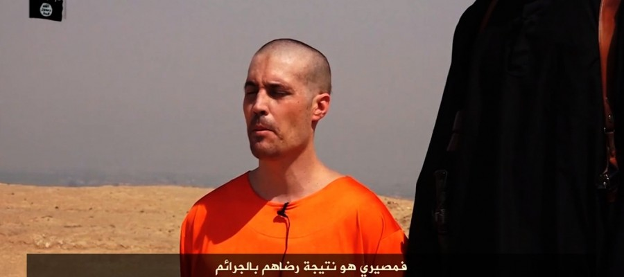 كيف تساعد مقاطع الفيديو العنييفة لداعش في حشد مقاتلين جدد