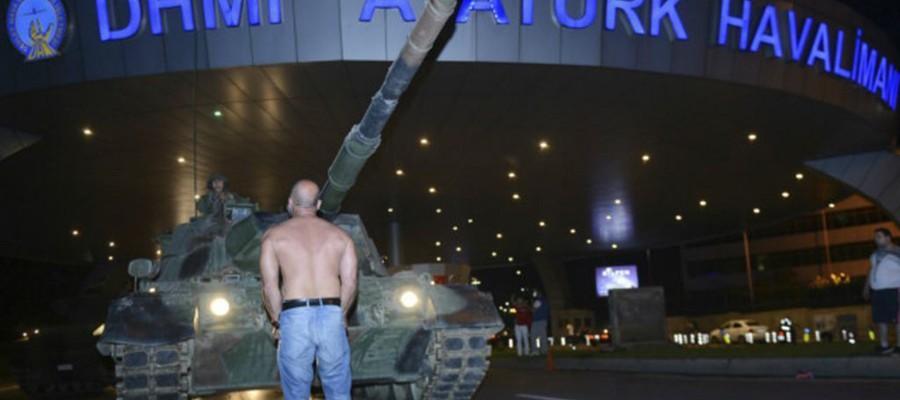74 % من زوار الموقع: إرادة الشعب التركي الديموقراطية أحبطت محاولة الانقلاب