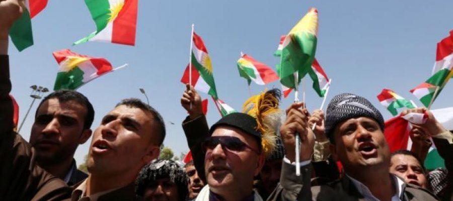 خطوات للخلف أم للأمام.. البارزاني ومواقف واشنطن وطهران الخفية في ملف كردستان